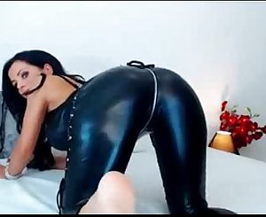 Hot milf in latex - more on spicycams69.com